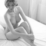 Nude Art- Thánh thiện
