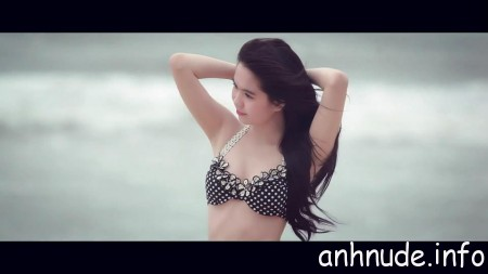 ngoc-trinh5