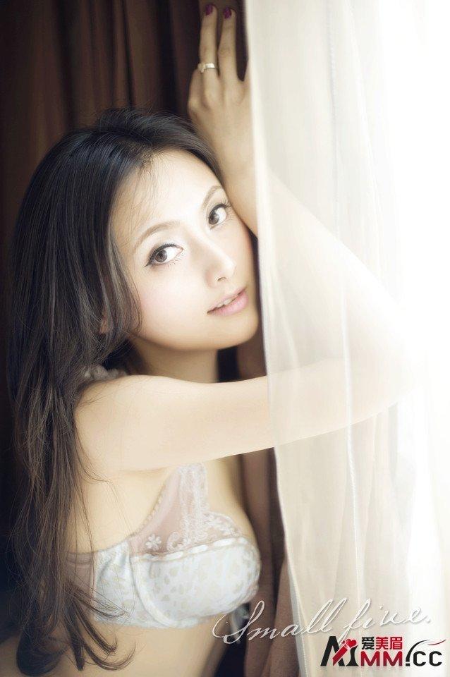 girl-xinh-da-trang-dang-dep-5