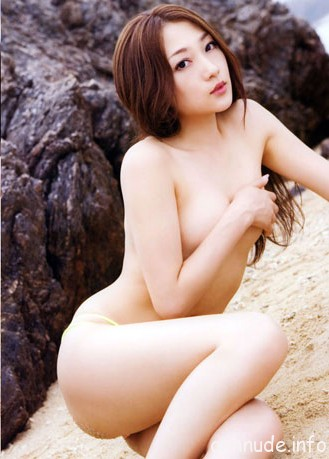 images1212752_nu-sinh-toky-o-nude4
