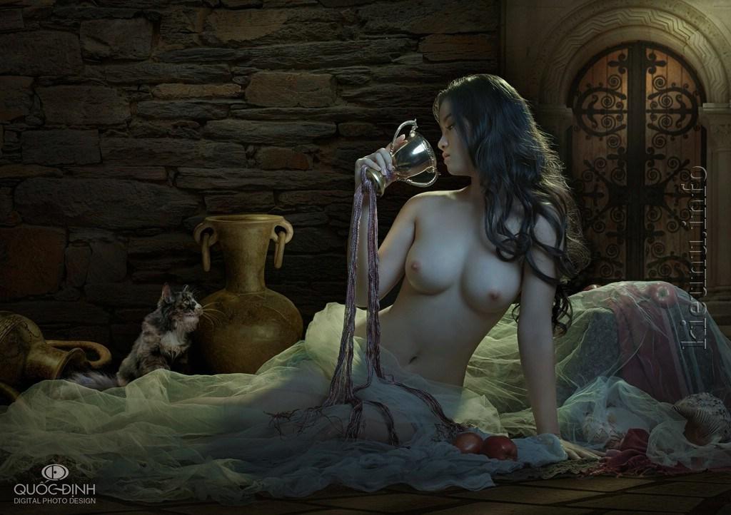 Ảnh nude thiếu nữ ngồi trên giường gợi cảm