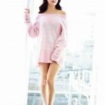 Ngắm người đẹp Han Ga Eun siêu gợi cảm trong áo len 'không quần'