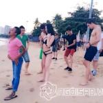 """Ngọc Trinh diện bikini, khoe dáng đứng """"khó đỡ"""" ở biển Thái Lan"""